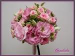 Wiązanka ślubna z różowej eustomy,róż gałązkowych