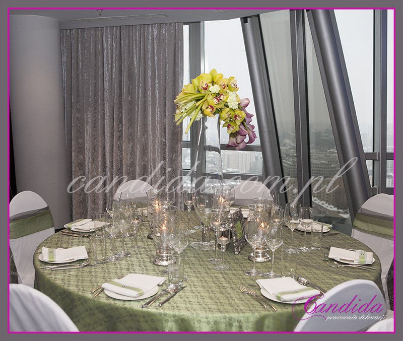 dekoracje stołów i sal weselnych