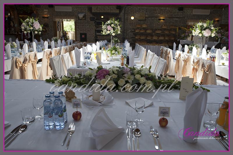 dekoracja ślubna, dekoracja stołów weselnych i sali weselnej