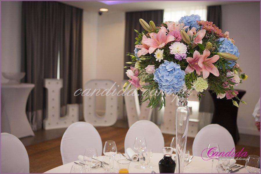 dekoracja stołu weselnego w Hotelu Brant
