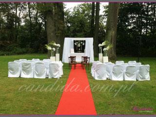 ślub w plenerze dekoracje kwiatowe ślubu w plenerze w Dworze Radzin 9
