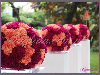 ślub w plenerze dekoracje kwiatowe ślubu w plenerze w Villa Park Julianna 11