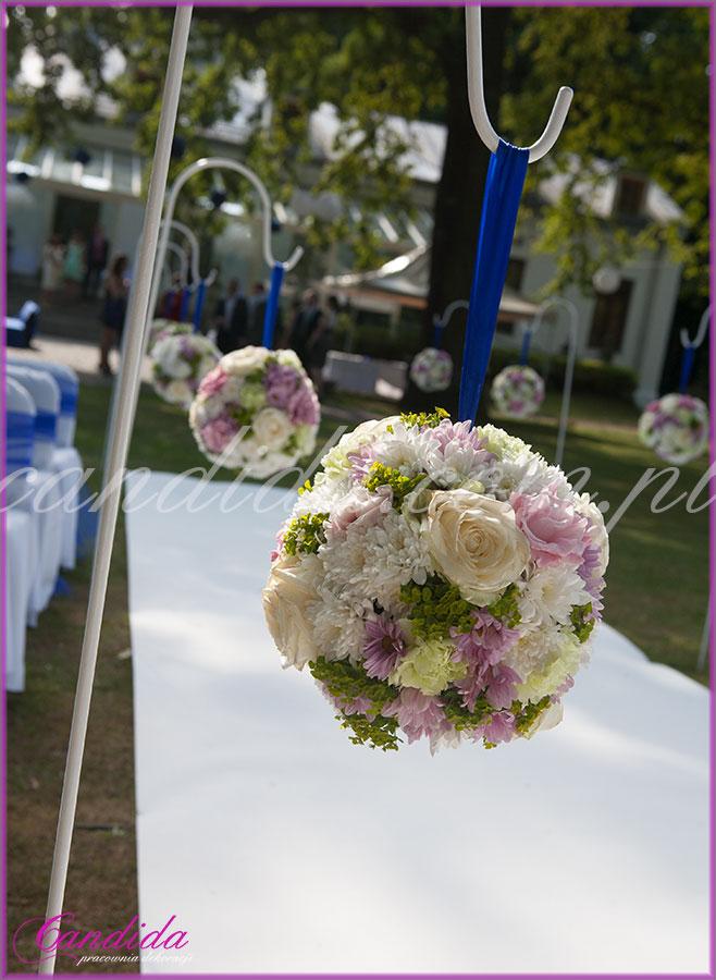 dekoracje ślubne plenerowe, ślub w plenerze w Dworze Radzin