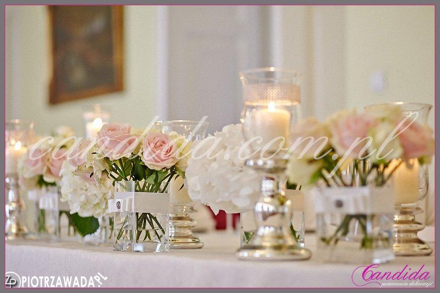 dekoracja weselne w Dworze Radzin, dekoracja stołu Młodej Pary