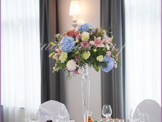 dekoracja weselna stołu w hotelu Brant