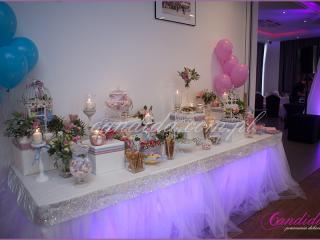 przyozdobiony dekoracjami weselnymi Candy Bar w hotelu Brant, dekoracje weselne