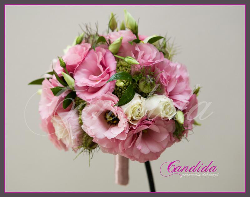 Wiązanka ślubna z różowej eustomy, czarnuszki
