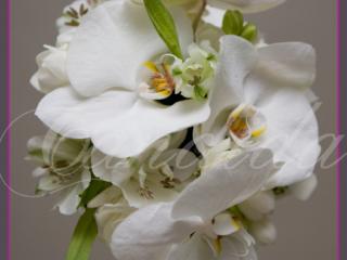 wiązanka ślubna ze storczyka phalenopsis, alstromerii, bukiety ślubne ze storczyków